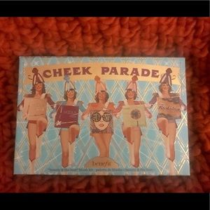 Limited Edition Benefit Cheek Parade Face Pallet